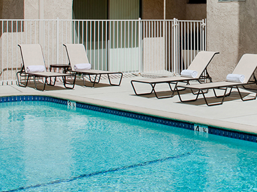 Pool at Barry Apartments