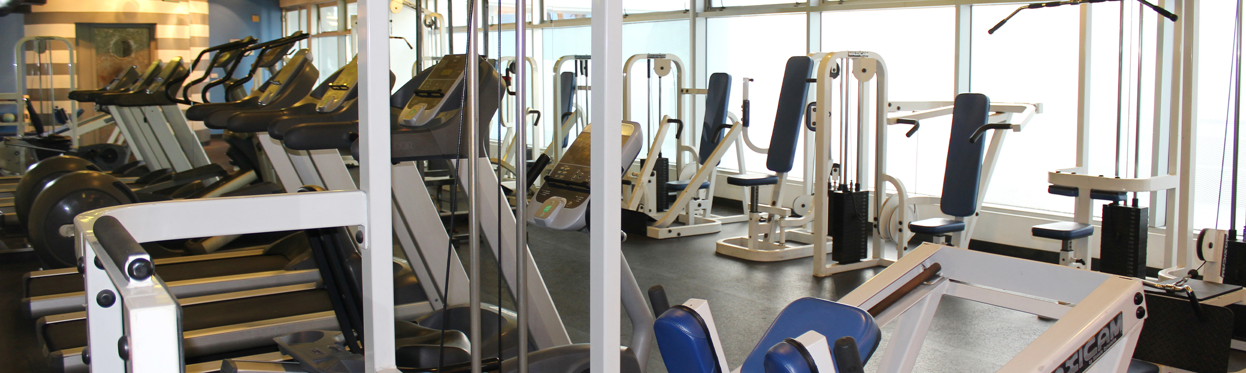 fitness center at Pacific Plaza